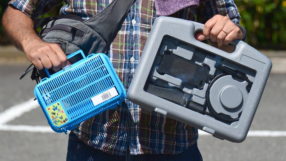 グネグネWi-Fiカメラで虫捕り