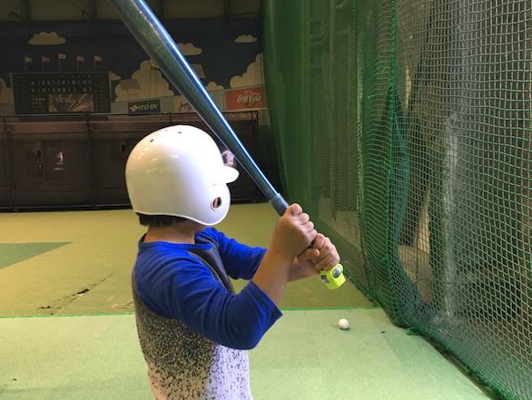 手軽に野球の上達に役立つスマホアクセサリ「Zepp スイングセンサー」