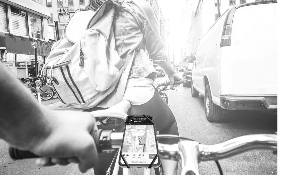 Celly SWIPEBIKE / SWIPEBIKE STEM | 衝撃吸収シリコンを採用した自転車・バイク用スマートフォンマウント2種類登場!